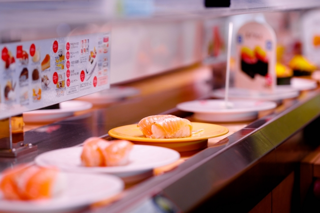 コロナウイルス拡大対策回転寿司回転中止